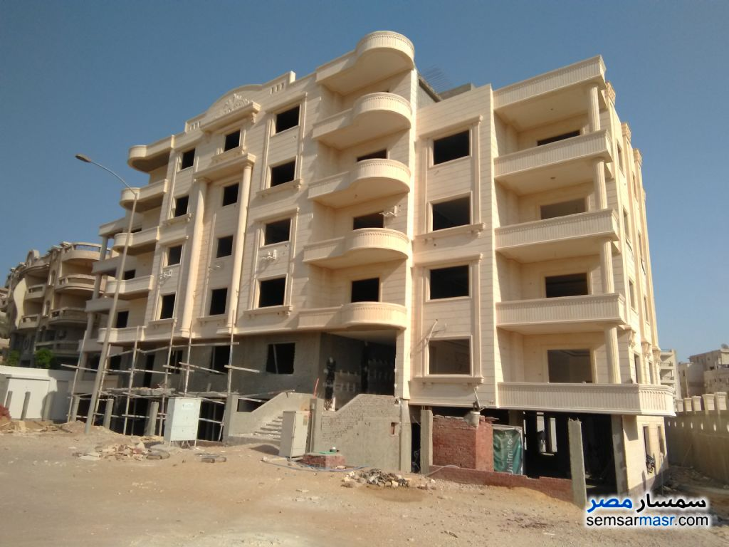 Ad Photo: Apartment 4 bedrooms 3 baths 250 sqm semi finished in West Somid  6th of October