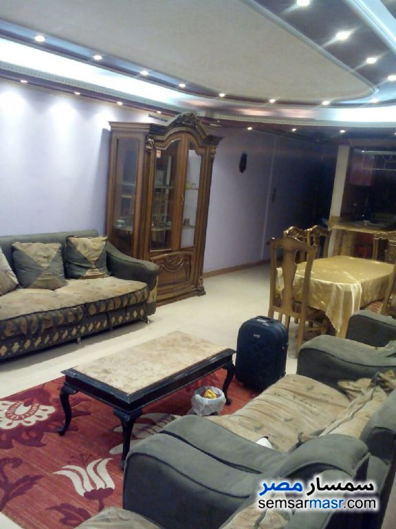 Photo 3 - 3 bedrooms 2 baths 180 sqm extra super lux For Rent Haram Giza