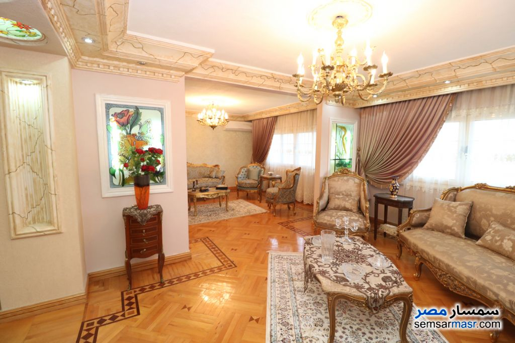 Ad Photo: Apartment 5 bedrooms 3 baths 340 sqm extra super lux in Abu Qir  Alexandira