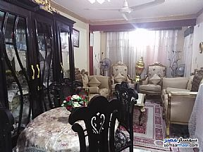 Ad Photo: Apartment 4 bedrooms 1 bath 130 sqm super lux in Halwan  Cairo