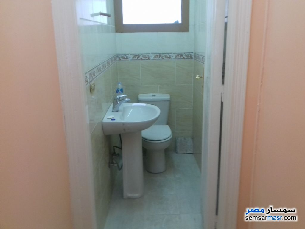 Photo 2 - Apartment 3 bedrooms 2 baths 175 sqm extra super lux For Sale Hadayek Al Ahram Giza