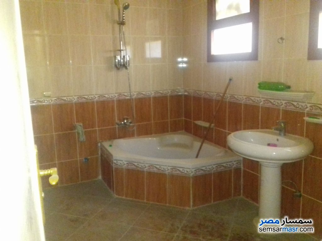 Photo 3 - Apartment 3 bedrooms 2 baths 175 sqm extra super lux For Sale Hadayek Al Ahram Giza
