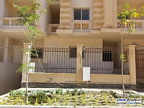 Ad Photo: Apartment 3 bedrooms 1 bath 115 sqm semi finished in New Heliopolis  Cairo