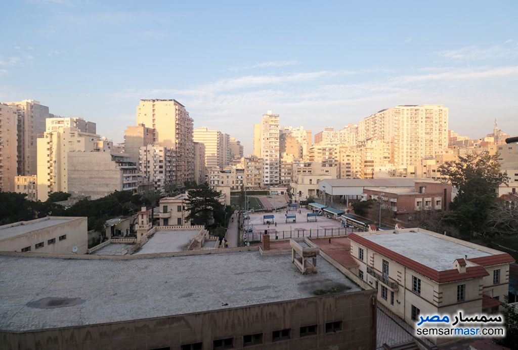 Ad Photo: Apartment 3 bedrooms 1 bath 145 sqm extra super lux in Abu Qir  Alexandira