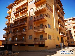 Ad Photo: Apartment 3 bedrooms 2 baths 140 sqm semi finished in Fifth Settlement  Cairo