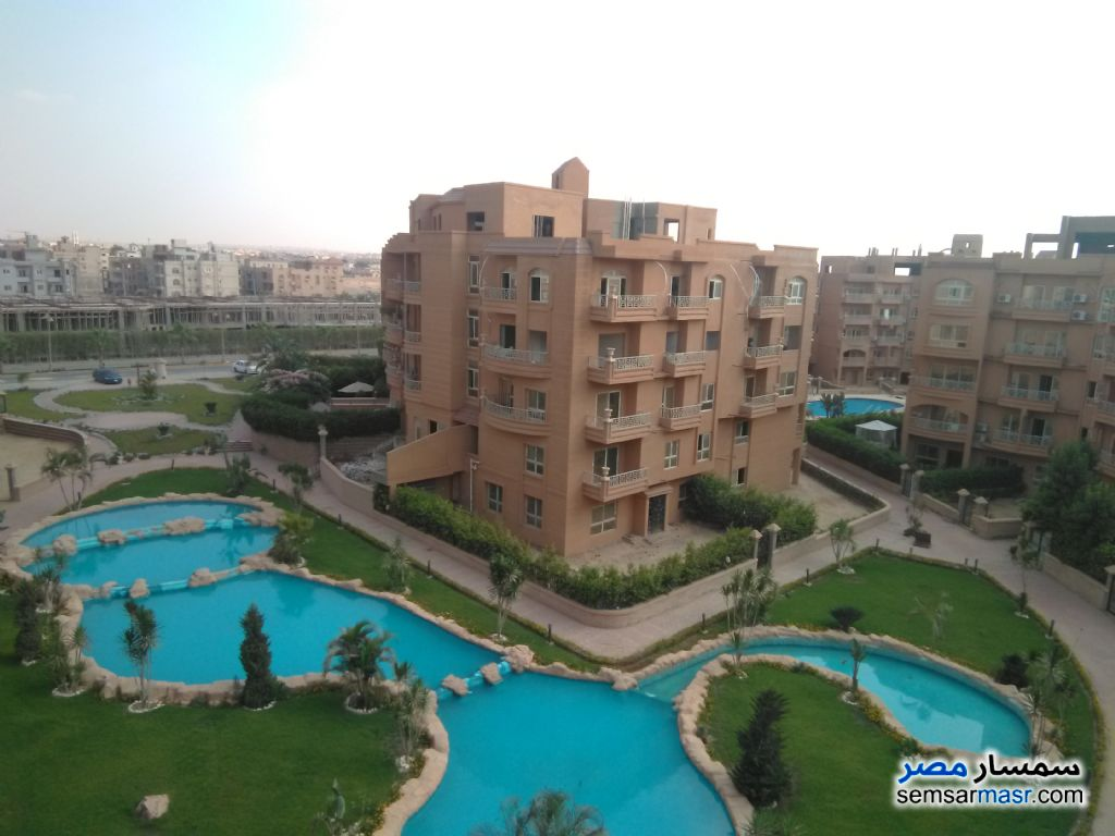 Ad Photo: Apartment 3 bedrooms 2 baths 138 sqm extra super lux in West Somid  6th of October