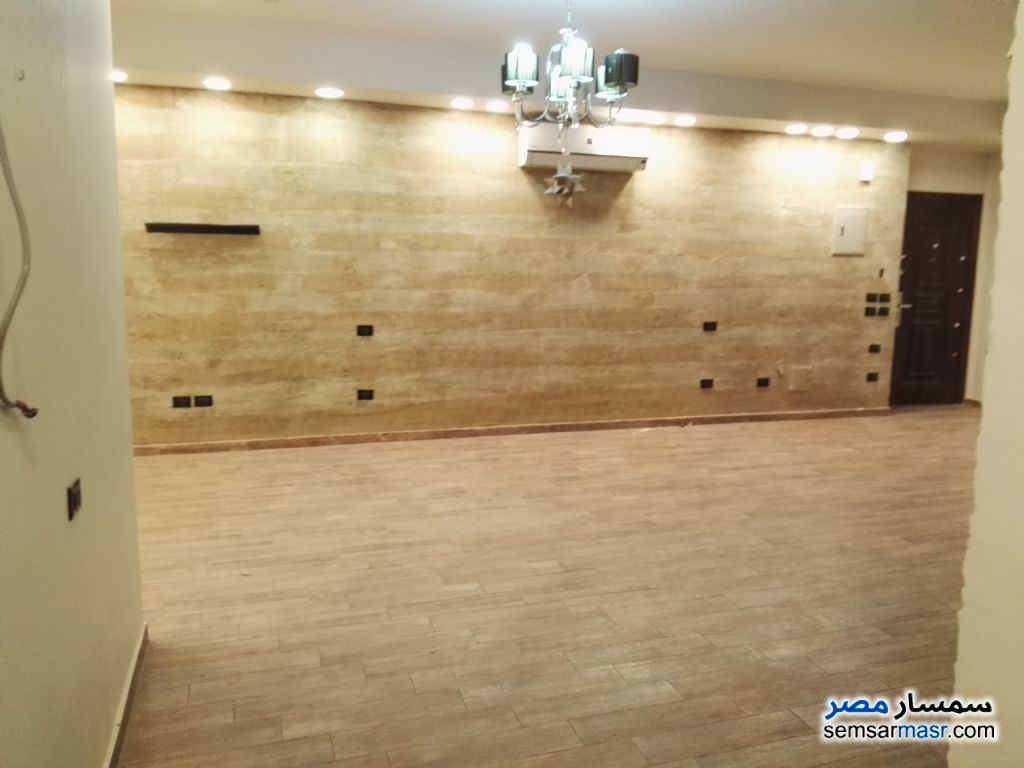 Photo 8 - Apartment 2 bedrooms 2 baths 163 sqm extra super lux For Sale Shorouk City Cairo
