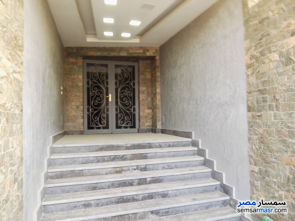 Photo 1 - Apartment 2 bedrooms 2 baths 163 sqm extra super lux For Sale Shorouk City Cairo