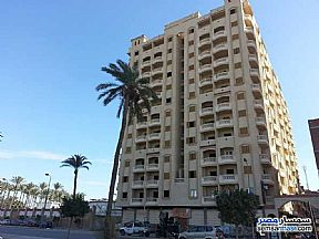 Ad Photo: Apartment 3 bedrooms 1 bath 125 sqm semi finished in Miami  Alexandira