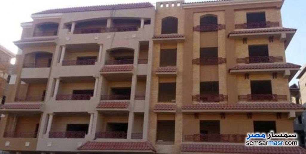 Ad Photo: Apartment 3 bedrooms 2 baths 150 sqm extra super lux in New Heliopolis  Cairo