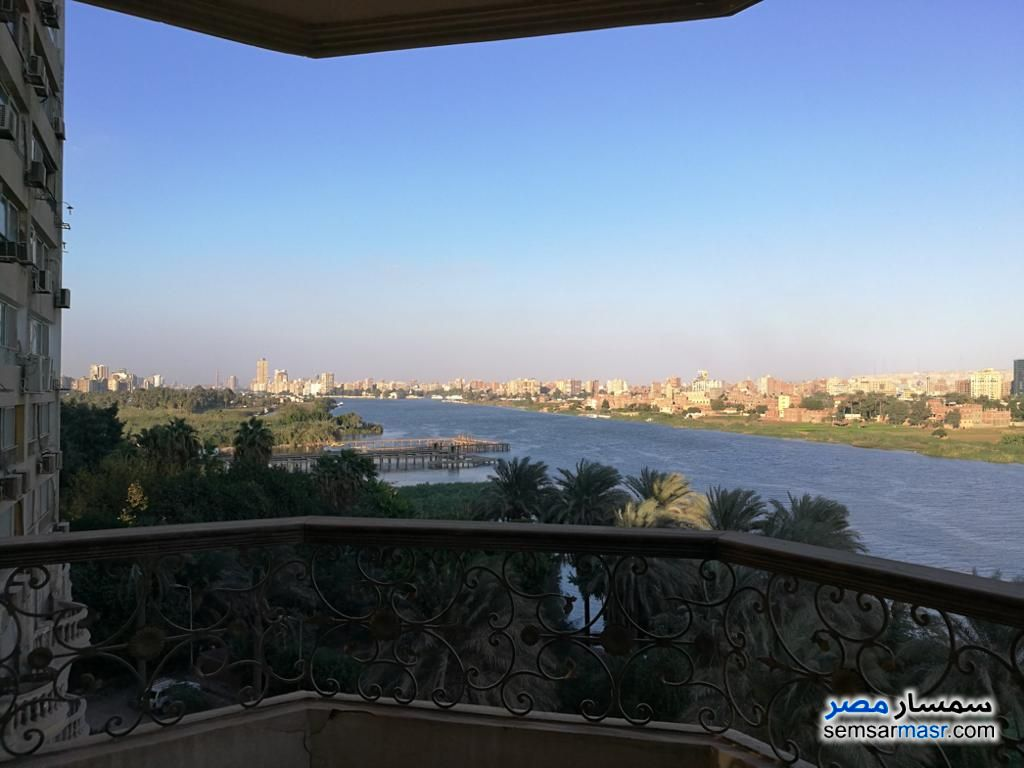 Ad Photo: Apartment 3 bedrooms 4 baths 400 sqm extra super lux in Pharaonic Village  Giza