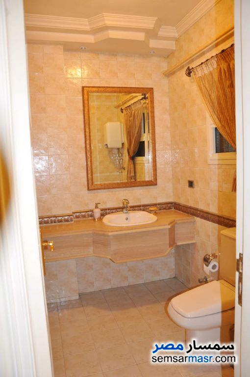 Photo 1 - Apartment 4 bedrooms 3 baths 344 sqm extra super lux For Sale Heliopolis Cairo
