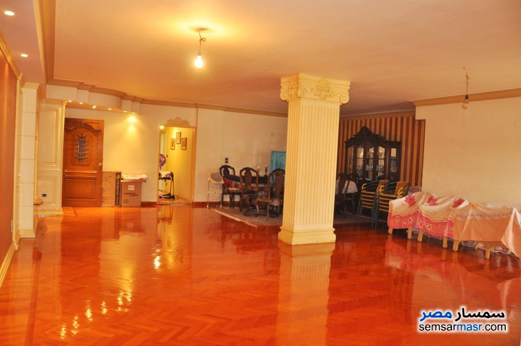Photo 9 - Apartment 4 bedrooms 3 baths 344 sqm extra super lux For Sale Heliopolis Cairo