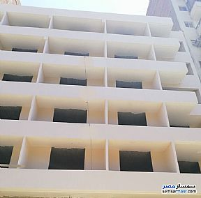 Ad Photo: Apartment 3 bedrooms 2 baths 160 sqm without finish in Abaseya  Cairo