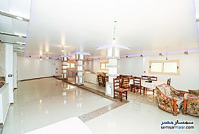 Ad Photo: Apartment 5 bedrooms 4 baths 550 sqm extra super lux in Roshdy  Alexandira