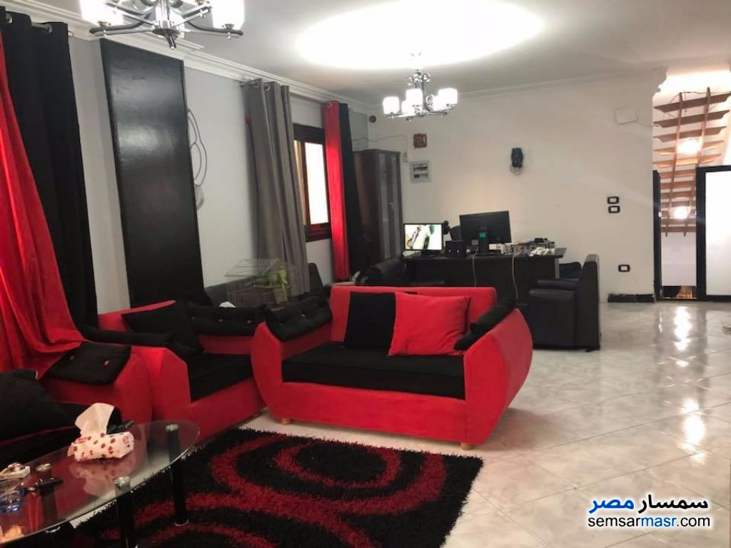 Photo 9 - Apartment 4 bedrooms 4 baths 350 sqm super lux For Sale October Gardens 6th of October