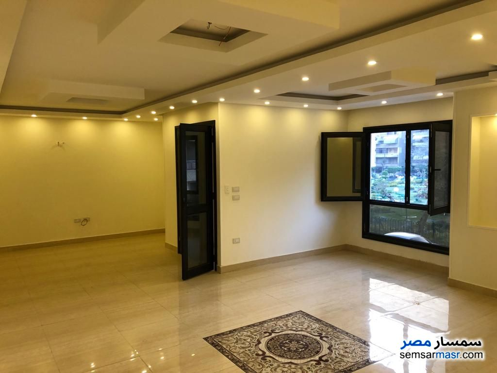 Photo 2 - Apartment 3 bedrooms 3 baths 250 sqm extra super lux For Rent Heliopolis Cairo