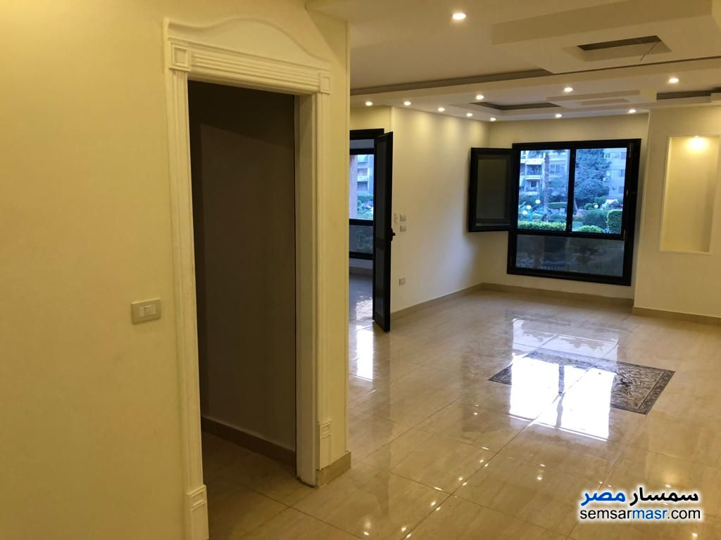 Photo 14 - Apartment 3 bedrooms 3 baths 250 sqm extra super lux For Rent Heliopolis Cairo