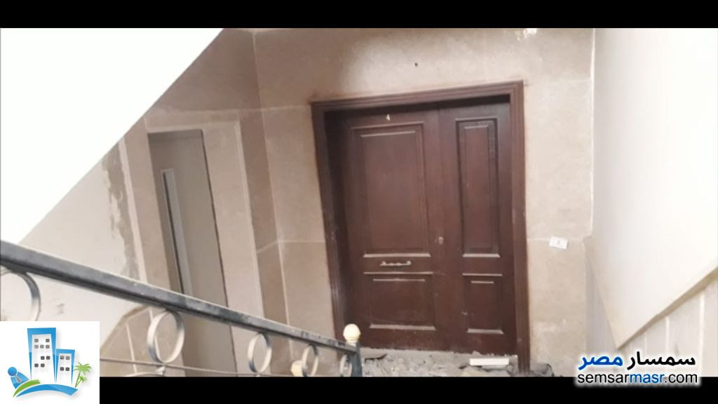 Ad Photo: Apartment 3 bedrooms 3 baths 309 sqm semi finished in Fifth Settlement  Cairo