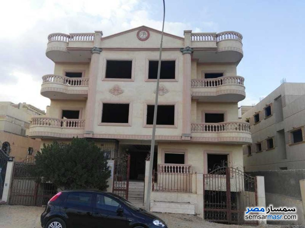 Photo 1 - Apartment 4 bedrooms 3 baths 200 sqm semi finished For Sale El Ubour City Qalyubiyah