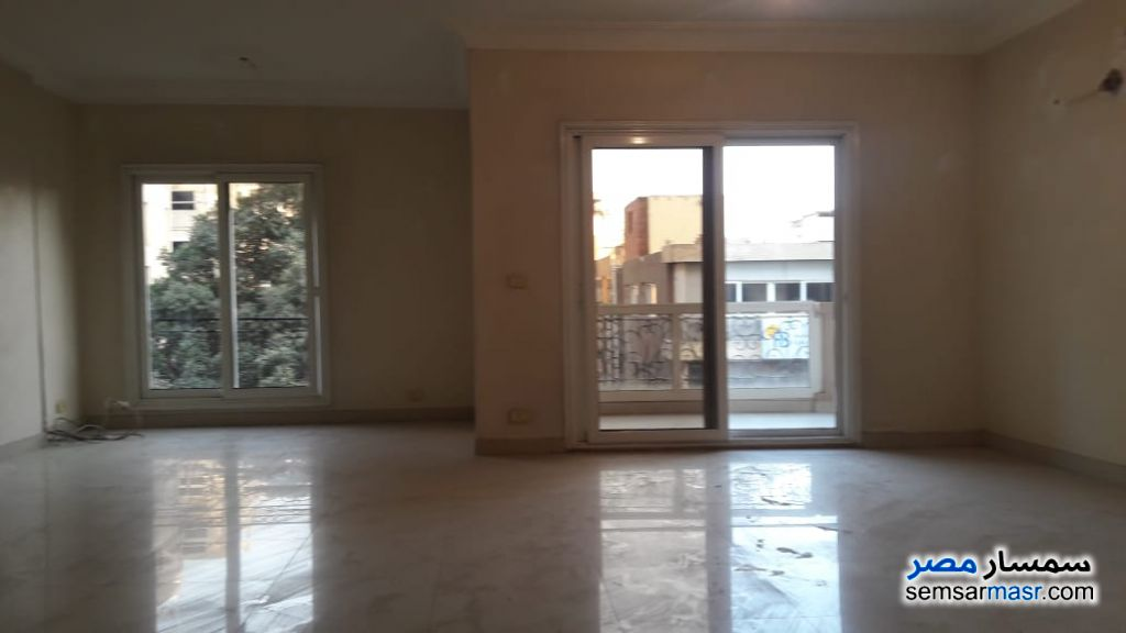 Photo 6 - Apartment 5 bedrooms 3 baths 300 sqm super lux For Rent Agouza Giza