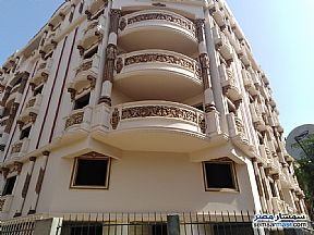 Apartment 3 bedrooms 2 baths 200 sqm semi finished For Sale Heliopolis Cairo - 2