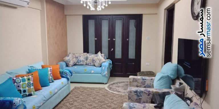 Ad Photo: Apartment 3 bedrooms 2 baths 132 sqm super lux in Haram  Giza