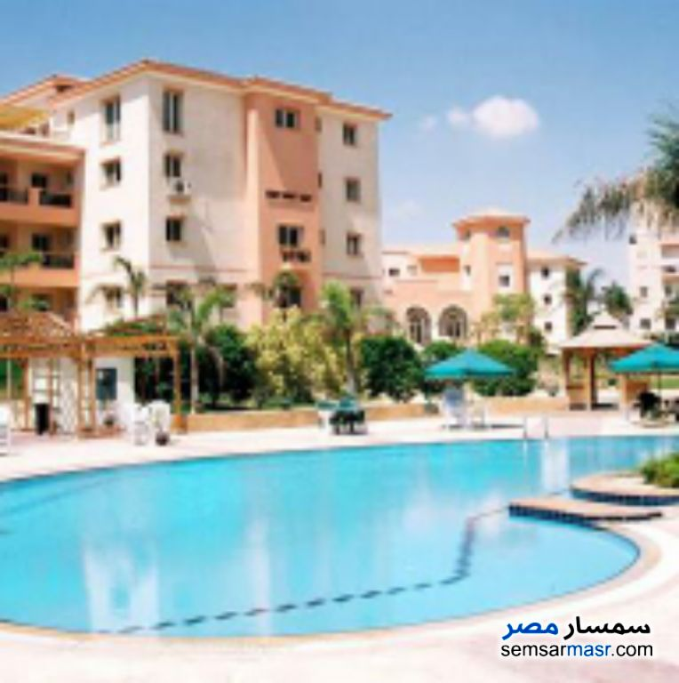 Ad Photo: Apartment 3 bedrooms 2 baths 185 sqm super lux in Dreamland  6th of October