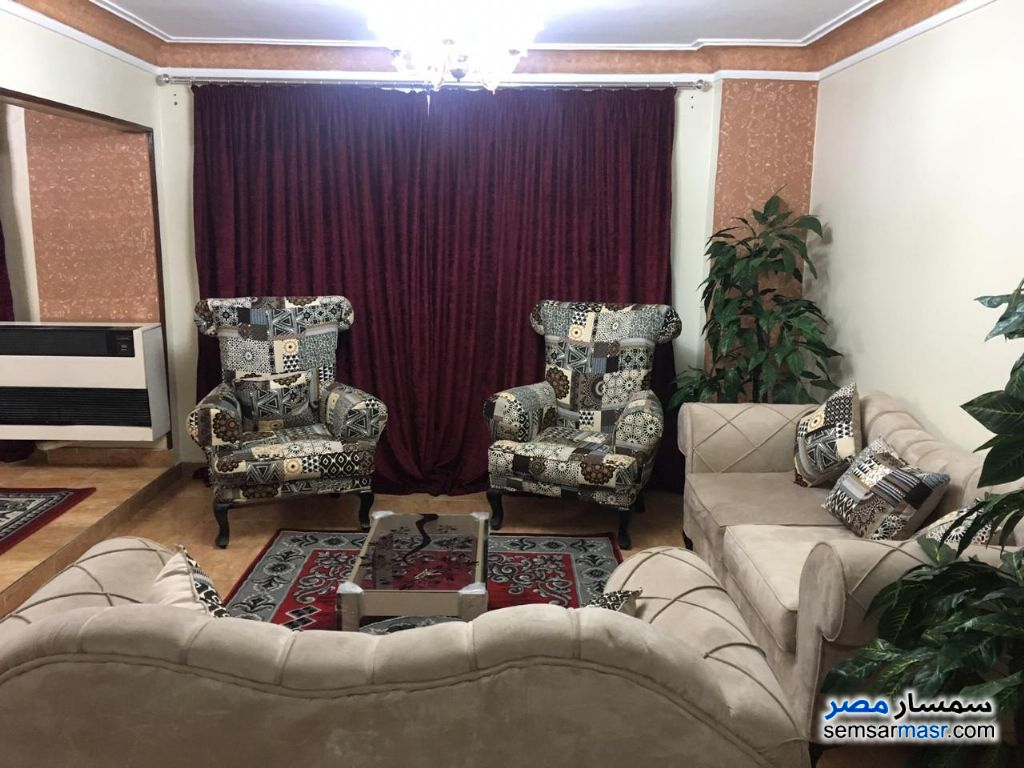 Photo 1 - Apartment 2 bedrooms 1 bath 80 sqm super lux For Rent Mohandessin Giza
