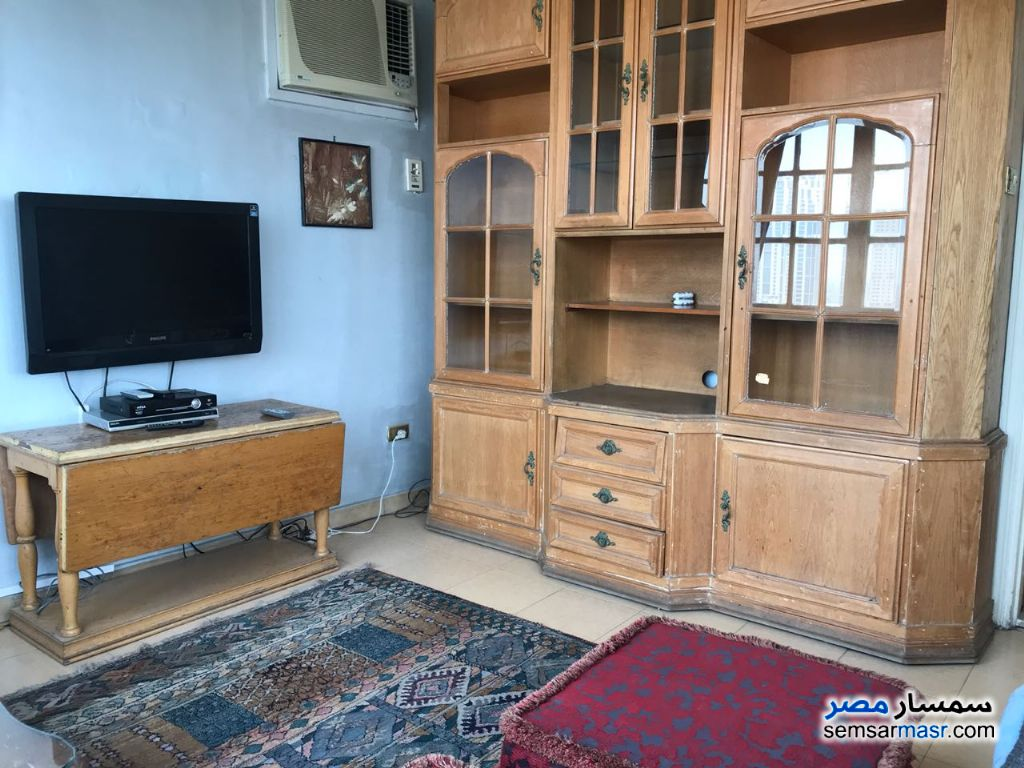 Photo 8 - Apartment 4 bedrooms 3 baths 250 sqm super lux For Rent Zamalek Cairo