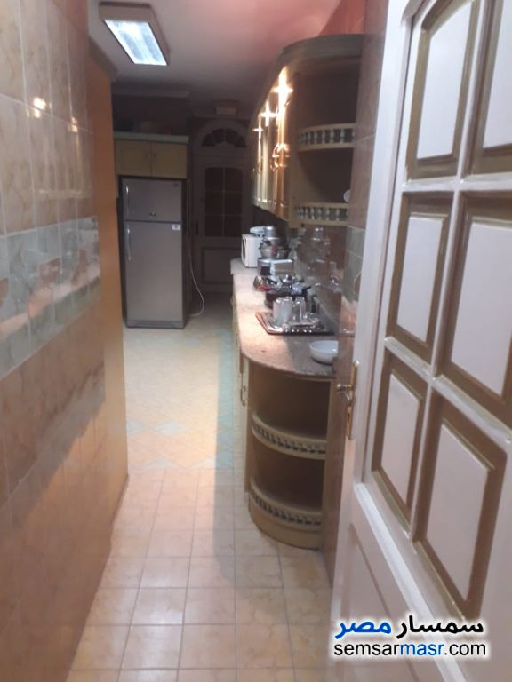 Photo 13 - Apartment 4 bedrooms 3 baths 250 sqm extra super lux For Rent Zamalek Cairo