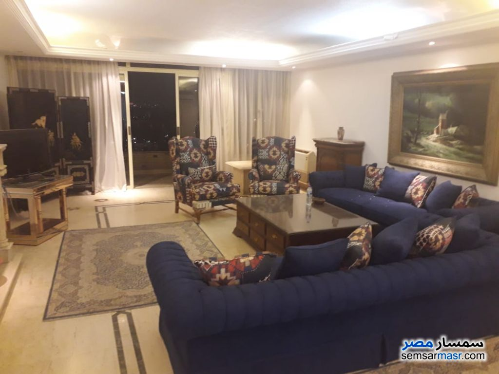 Photo 24 - Apartment 4 bedrooms 3 baths 250 sqm extra super lux For Rent Zamalek Cairo