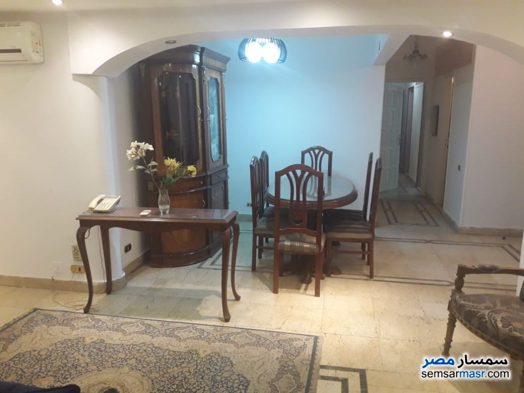 Photo 27 - Apartment 4 bedrooms 3 baths 250 sqm extra super lux For Rent Zamalek Cairo
