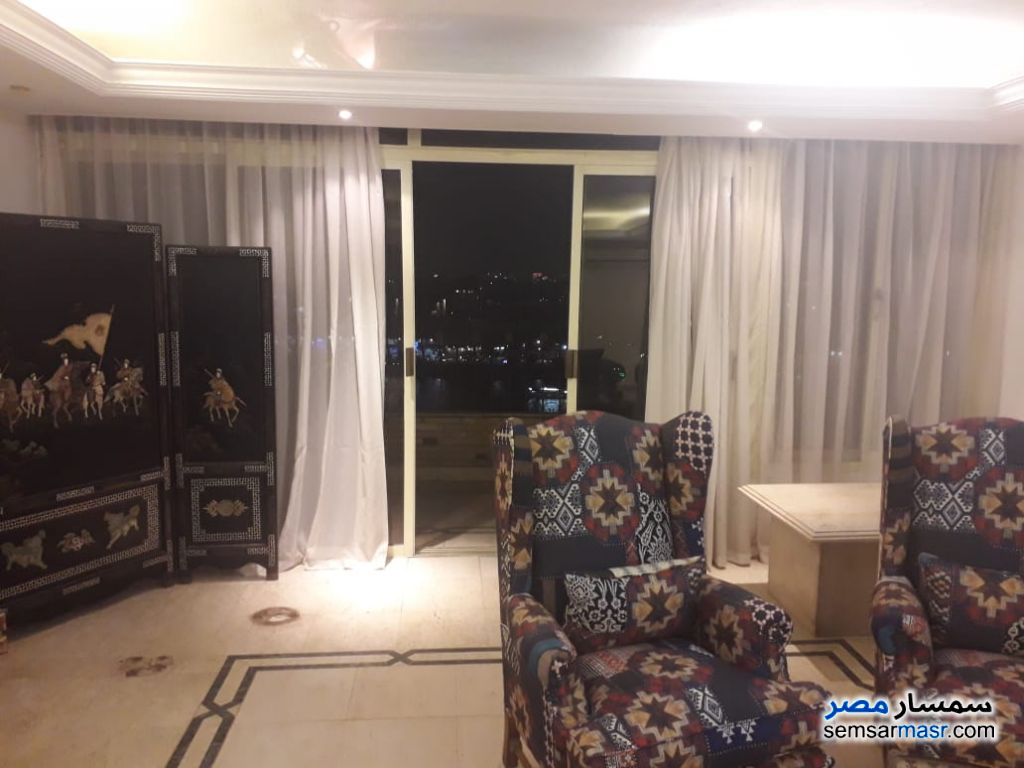 Photo 28 - Apartment 4 bedrooms 3 baths 250 sqm extra super lux For Rent Zamalek Cairo