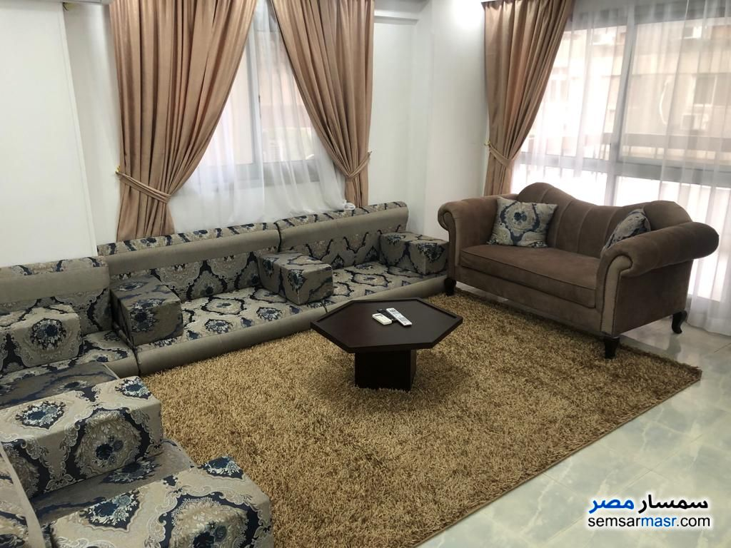 Photo 3 - Apartment 3 bedrooms 2 baths 180 sqm extra super lux For Rent Mohandessin Giza