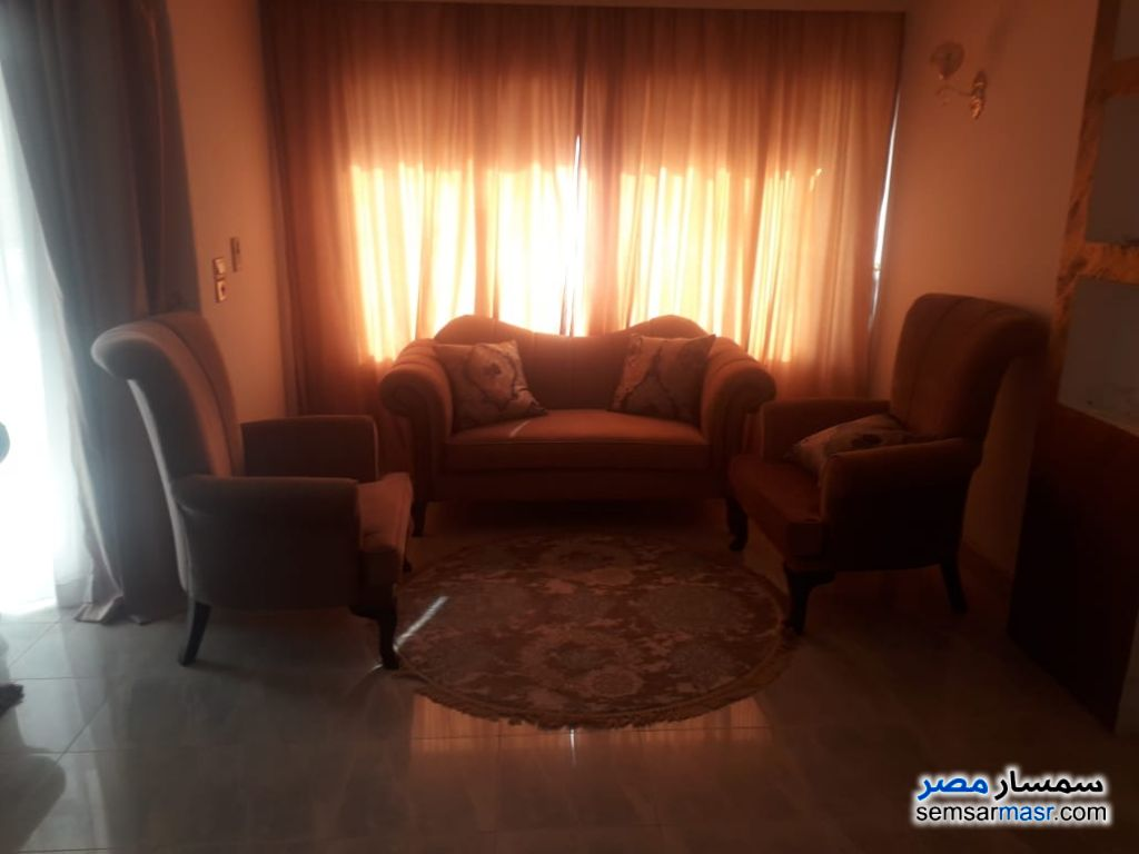 Photo 14 - Apartment 3 bedrooms 2 baths 180 sqm extra super lux For Rent Mohandessin Giza