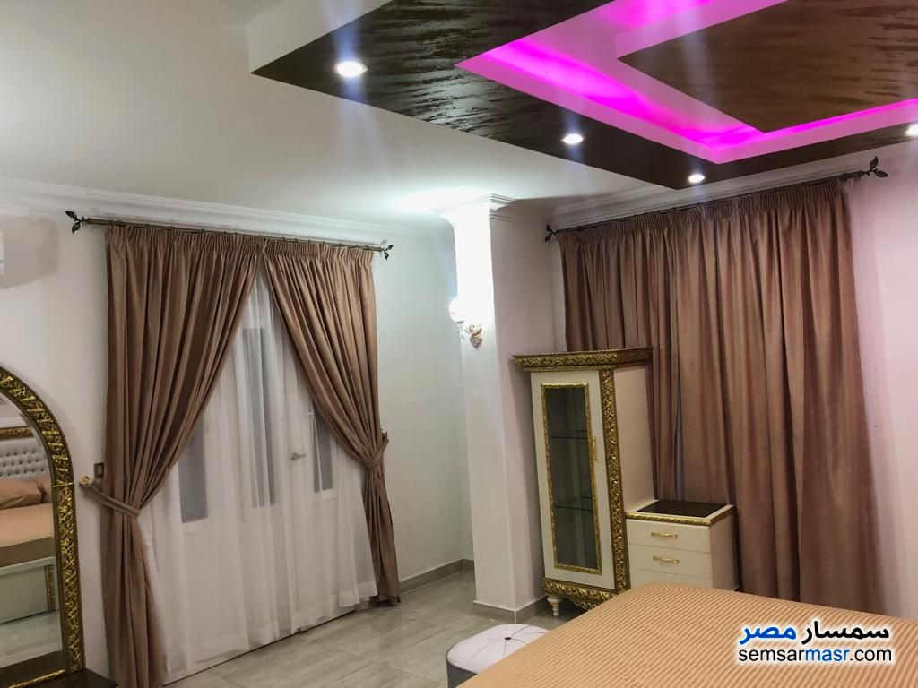 Photo 12 - Apartment 3 bedrooms 2 baths 180 sqm extra super lux For Rent Mohandessin Giza