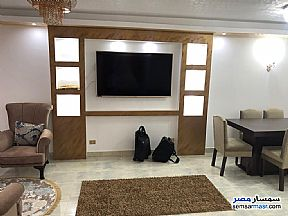 Apartment 3 bedrooms 2 baths 180 sqm extra super lux For Rent Mohandessin Giza - 1