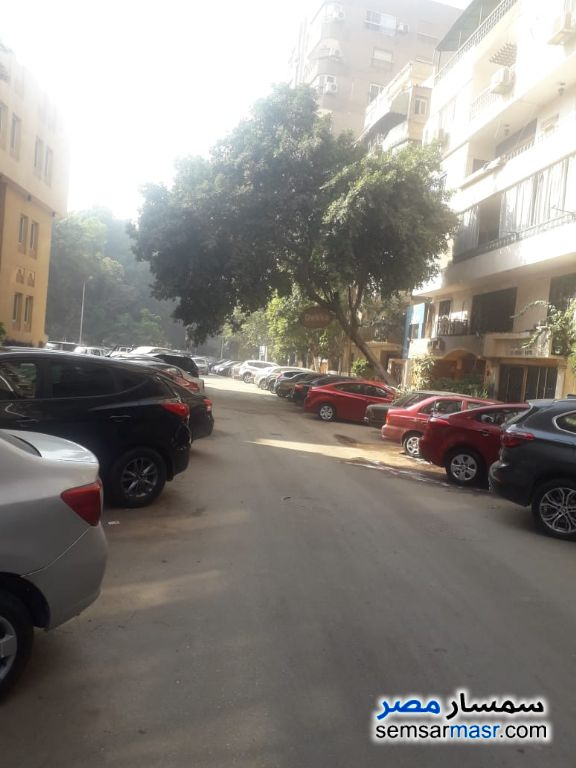 Photo 15 - Apartment 3 bedrooms 2 baths 180 sqm extra super lux For Rent Mohandessin Giza
