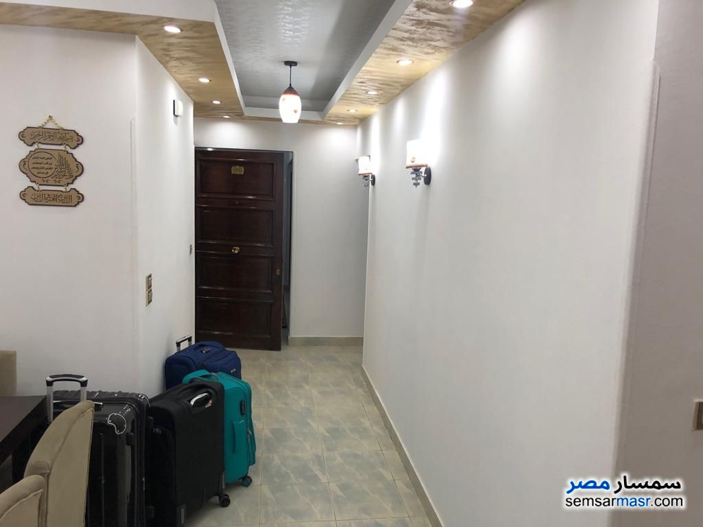 Photo 6 - Apartment 3 bedrooms 2 baths 180 sqm extra super lux For Rent Mohandessin Giza