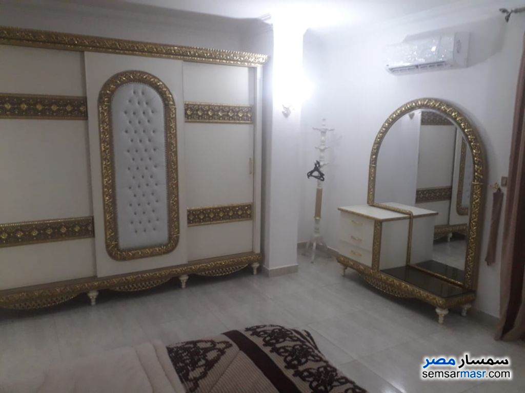 Photo 20 - Apartment 3 bedrooms 2 baths 180 sqm extra super lux For Rent Mohandessin Giza
