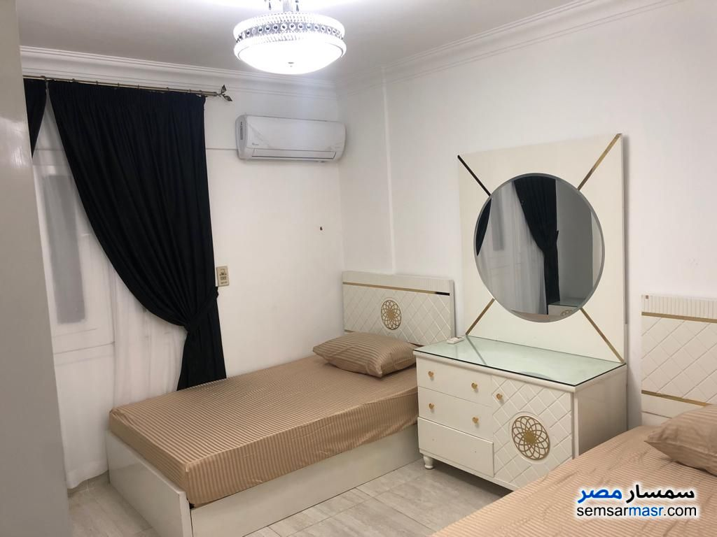 Photo 8 - Apartment 3 bedrooms 2 baths 180 sqm extra super lux For Rent Mohandessin Giza