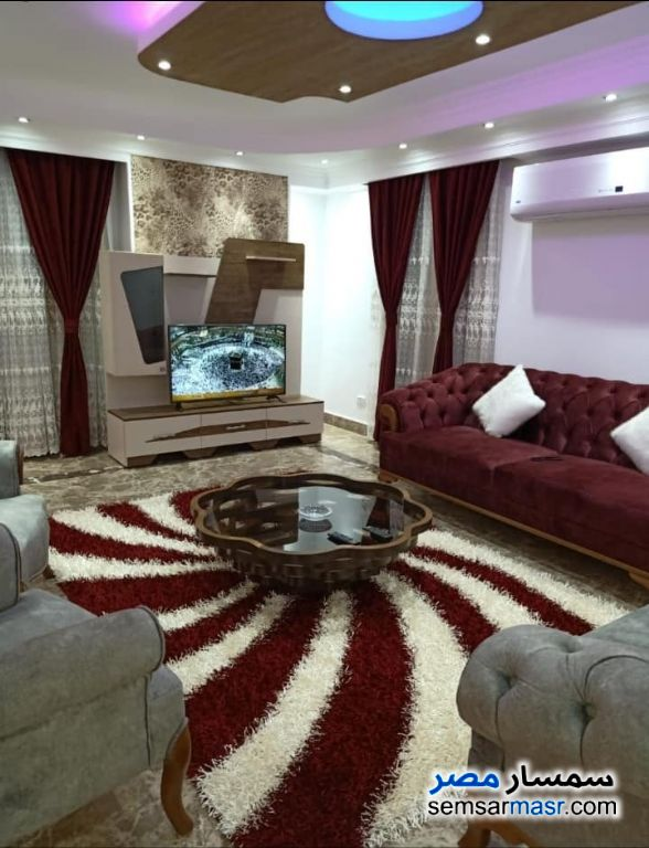 Photo 4 - Apartment 3 bedrooms 3 baths 250 sqm extra super lux For Rent Heliopolis Cairo