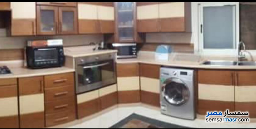 Photo 1 - Apartment 3 bedrooms 2 baths 200 sqm extra super lux For Sale Fifth Settlement Cairo