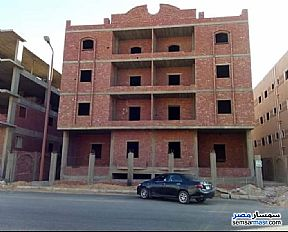 Ad Photo: Apartment 3 bedrooms 2 baths 155 sqm semi finished in Shorouk City  Cairo