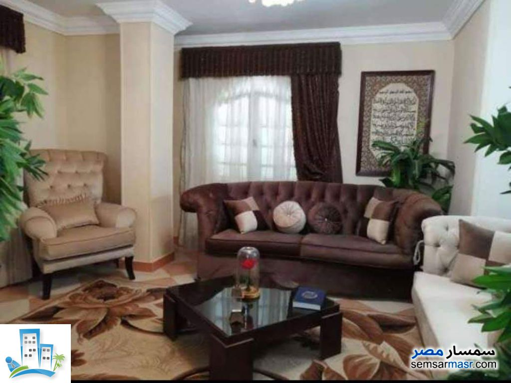 Apartment 7 bedrooms 3 baths 202 sqm super lux For Sale Helmeya Cairo - 3