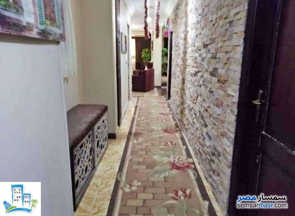 Apartment 7 bedrooms 3 baths 202 sqm super lux For Sale Helmeya Cairo - 4