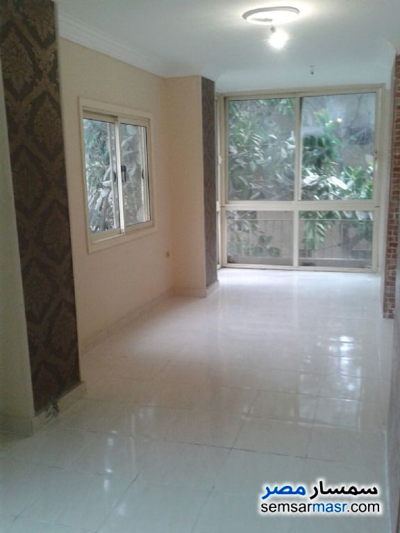 Photo 4 - Apartment 3 bedrooms 3 baths 200 sqm super lux For Rent Mohandessin Giza