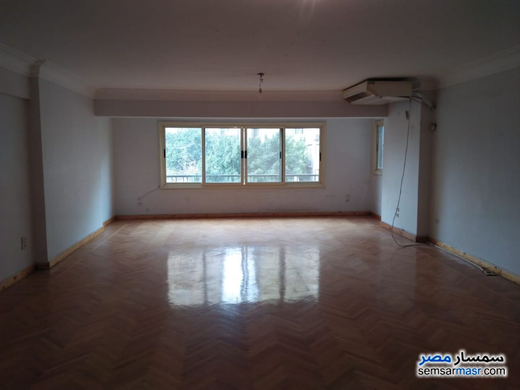 Ad Photo: Apartment 3 bedrooms 3 baths 220 sqm super lux in Giza