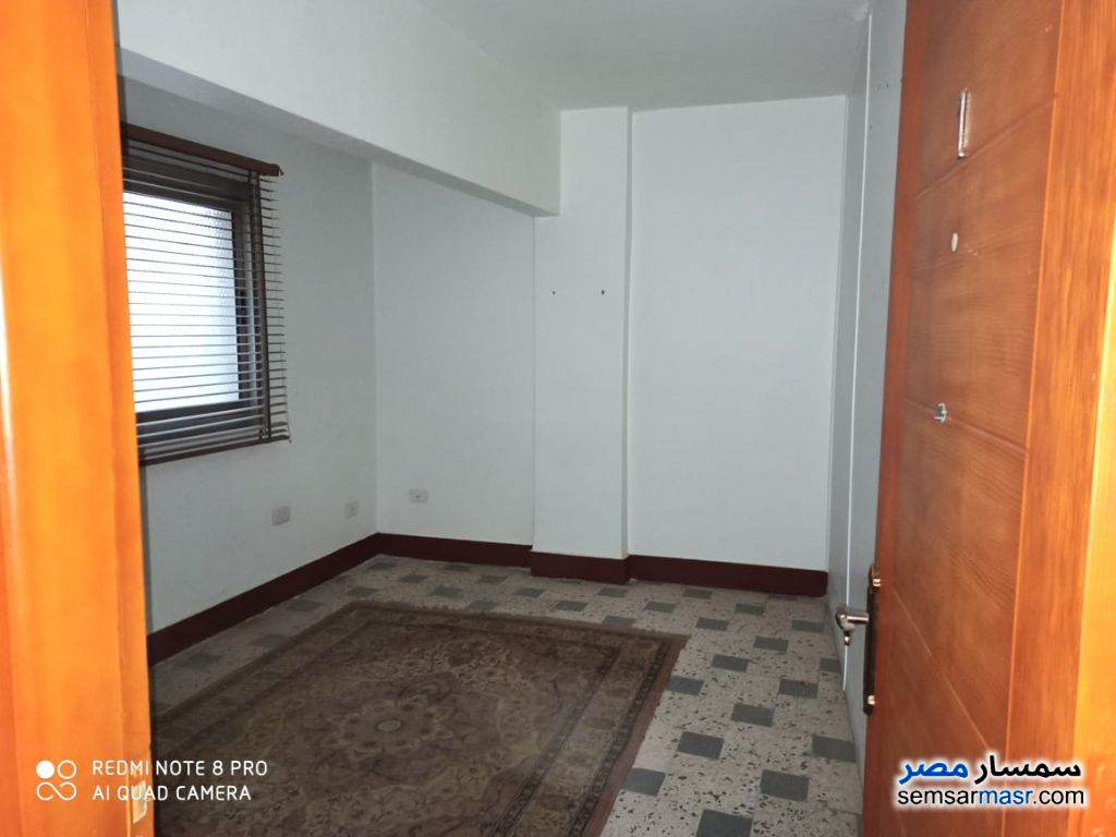 Ad Photo: Apartment 3 bedrooms 1 bath 135 sqm lux in New Heliopolis  Cairo